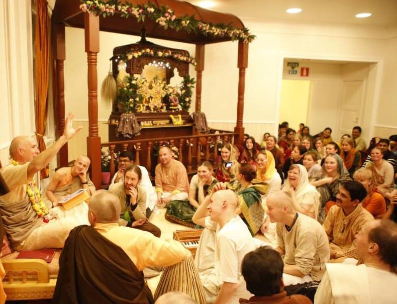 Krishna temppeli Malminkylän kartanossa